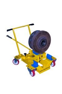 Brake servicing tools